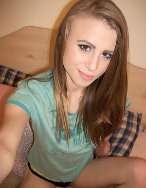 Free Teen Selfshot Porn Pictures