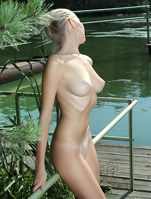 Free Perfect Body Teen Porn Pictures