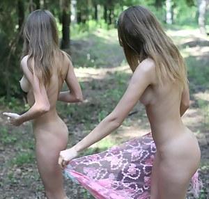 Free Teen Outdoor Porn Pictures