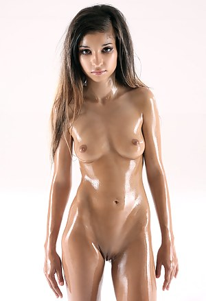 Oiled Teen Pictures