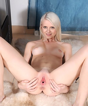 Free Teen Pussy Porn Pictures
