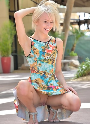 Free Teen Upskirt Porn Pictures